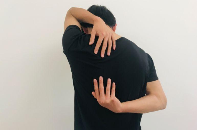 はがし 整体 甲骨 肩 【効果ない?】肩甲骨はがし【肩首軽くするコリ回復整体】 仙台市青葉区の整体からだの治療院~おあしす~